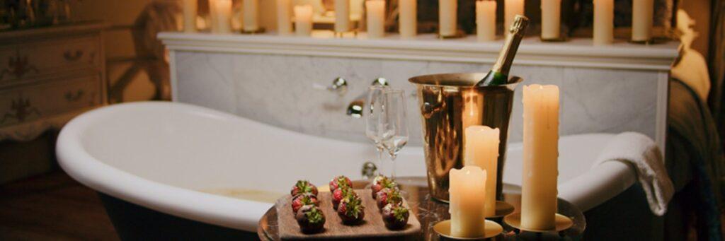 Julklappstips med champagne och guldkant